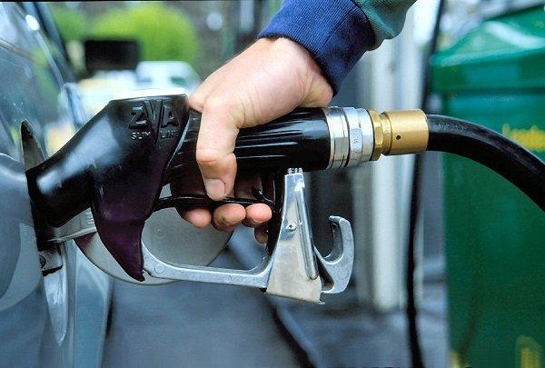 Ölkədə daha bir bahalaşma: İndi də benzinin qiyməti qalxıb