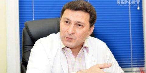 Universitet rektoru müqavimətlə üzləşib