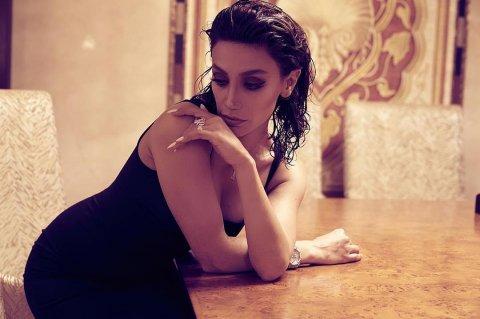 Röya Ayxan yeni fotolarını pylaşıb