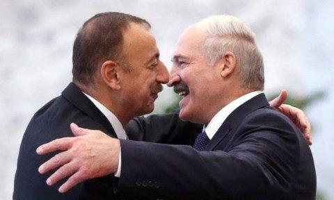 İlham Əliyevin belaruslu həmkarı ilə görüşü başlayıb