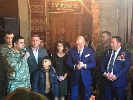 Fizuli Məmmədov növbəti dəfə Qarabağ qazilərinə mənzil hədiyyə etdi - Fotolar