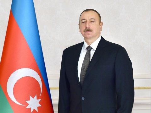 Prezident bayram münasibətilə xalqı təbrik etdi