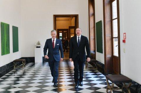 Prezident İlham Əliyev Belçikada səfərdə: kralla görüş
