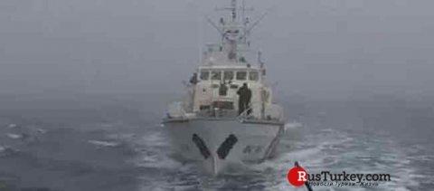 Türkiyə gəmisinə atəş açıldı, yaralılar var