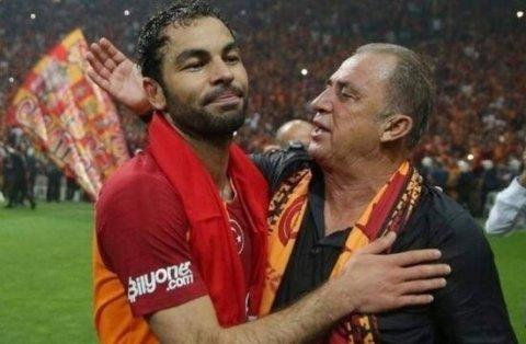 """""""Qalatasaray"""" kapitanı ilə yeni müqavilə imzalayacaq"""