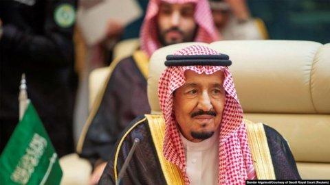 Səudiyyə kralı İranı terroru dəstəkləməkdə ittiham etdi