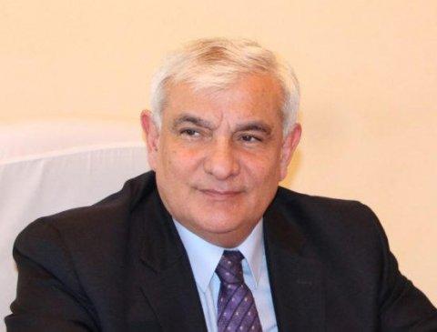 """Kamal Abdulla """"İlin ən yaxşı rektoru"""" seçilib"""
