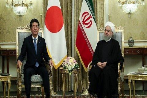 """Ruhani: """"Yaponiya İran neftini almağa hazırdır"""""""