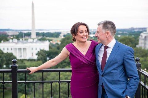 ABŞ-ın məşhur diplomatı gürcü jurnalistlə evləndi
