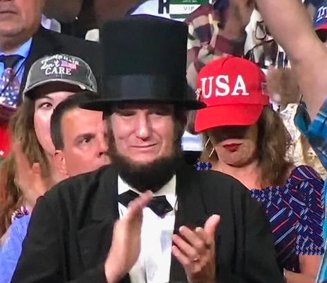 """""""Avraam Linkoln"""" Trampın mitinqində"""