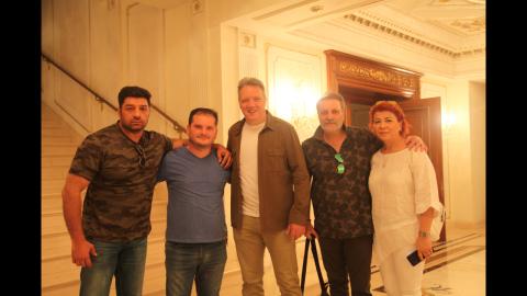 Türkiyənin məşhur seriallarının qəhrəmanları Musiqili Teatra gəliblər
