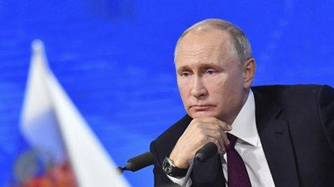 """""""Bu, ona şərəf gətirər"""" - Putin onu təhqir edən jurnalistə belə cavab verdi"""