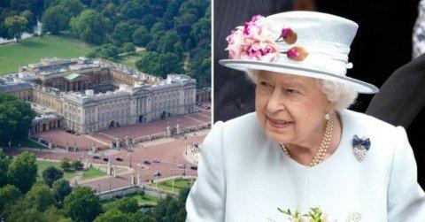 Kraliçanın sarayında rüsvayçılıq: 22 yaşlı gənc II Elizabetin yataq otağına girmək istəyib