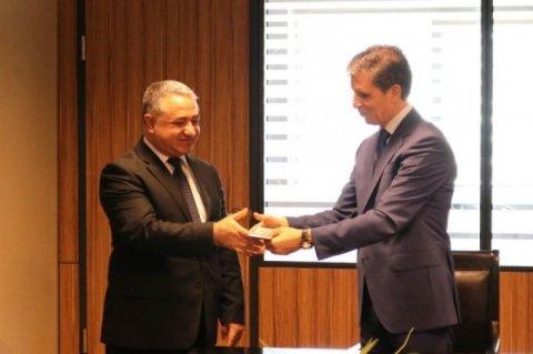 Zahid Oruc  STM əməkdaşlarına medallar təqdim edib