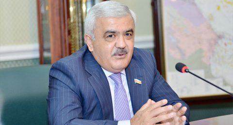 Neftçilərin maaşı qaldırıldı - Rövnəq Abdullayev əmr imzaladı