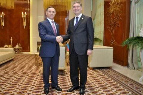 Novruz Məmmədov Türkmənistan prezidenti ilə görüşüb