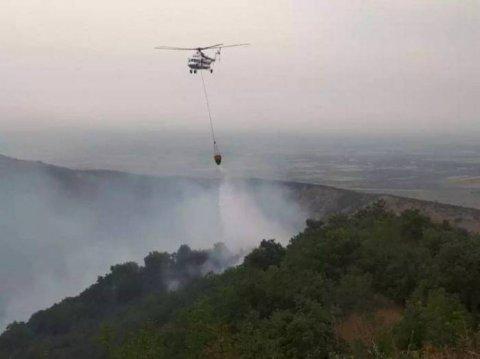 Şamaxıda yanğın: əraziyə FHN-in helikopteri, şəxsi heyəti və texnikası cəlb olunub
