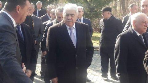 Deputat Ağalar Vəliyev xaricdə oğlunun adına nələr almayıb ki... - Siyahı yayıldı