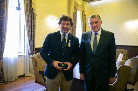 Tbilisin merinə Azərbaycanın medalı verildi