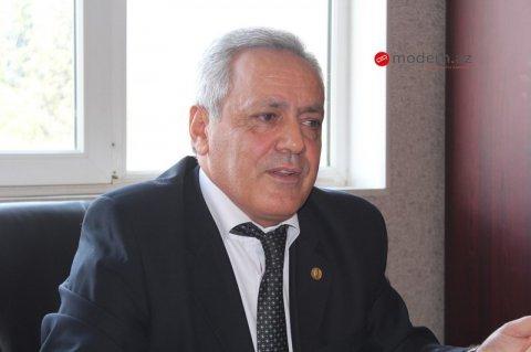 """Keçmiş deputat: """"Nazirlər, komitə sədrləri, akademiklər niyə susur?"""""""