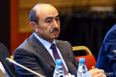 """Əli Həsənov: """"Dialoqun əksi qarşıdurma və qeyri-qanuni mübarizədir"""""""