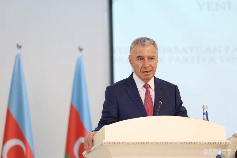 """YAP-ın sədr müavini: """"Azərbaycanda yenilənmiş müxalifət olmalıdır"""""""