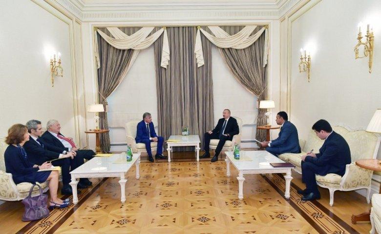 Prezident Fransa Senatının Fransa-Qafqaz dostluq qrupu sədrini qəbul edib