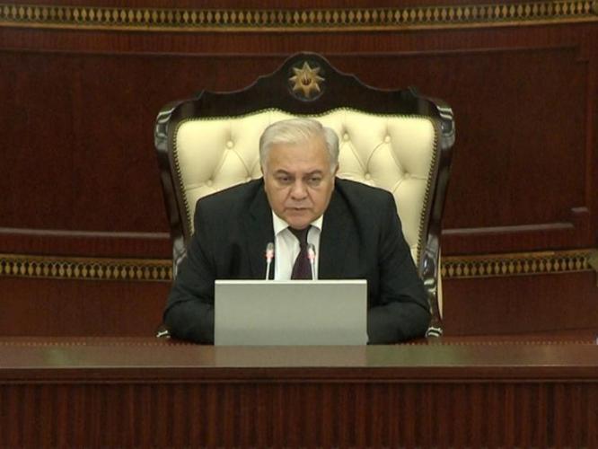"""Oqtay Əsədov: """"İlham Əliyev Əli Əsədovun Baş Nazir təyin edilməsi haqqında parlamentə müraciət edib"""""""