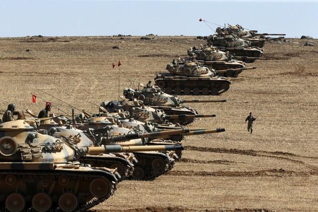 Türkiyə ordusu Suriyanın şimalına daxil olub - Əməliyyat başladı