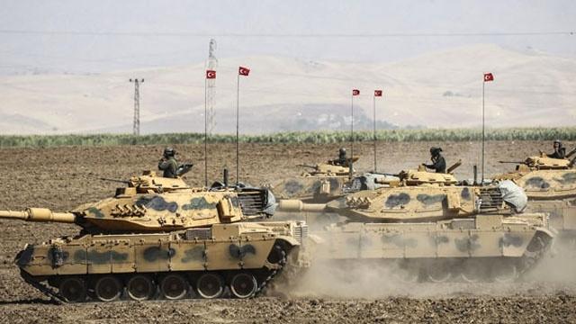 Türkiyənin quru qoşunları Suriyaya girdi