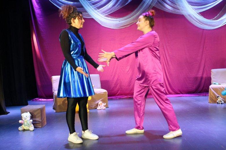 Şuşa teatrı iki tamaşanın təqdimatına hazırlaşır