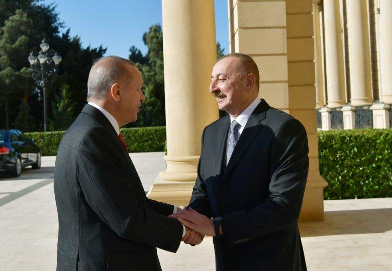 İlham Əliyev Türkiyə prezidenti ilə görüşüb