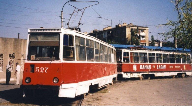 Bakıda tramvay və trolleybusların bərpası müzakirə olunur