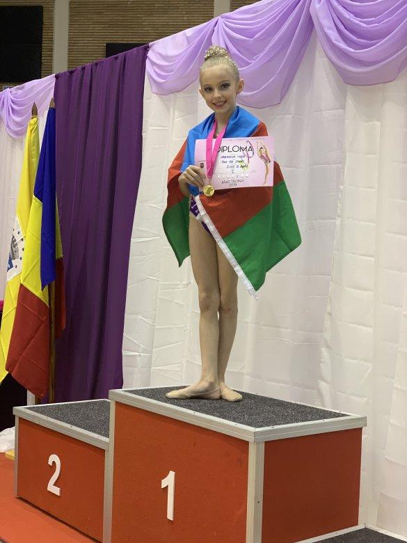 10 yaşlı gimnastımız 36-cı medalını qazanıb