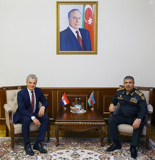 Azərbaycan ilə Xorvatiya arasında hərbi əməkdaşlığın genişləndirilməsi müzakirə edilib