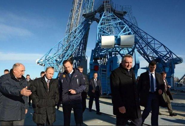"""""""Yüz milyonları oğurlayırsınız"""" - Putin məmurları hədələdi"""
