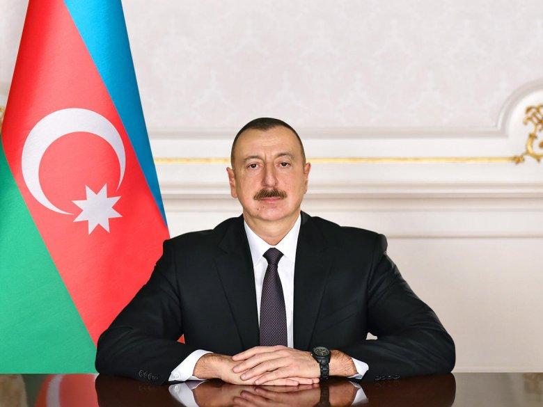 """Prezident Allahşükür Paşazadəyə """"Heydər Əliyev"""" ordeni verdi"""