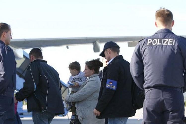 Almaniya daha 11 Azərbaycan vətəndaşını deportasiya etdi