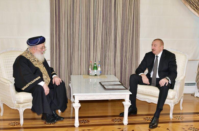 Prezident İlham Əliyev Qüds Sefardi ortodoks baş ravvini ilə görüşdü