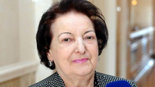 Süleymanova yeni Ombudsmanı kollektivə təqdim edib
