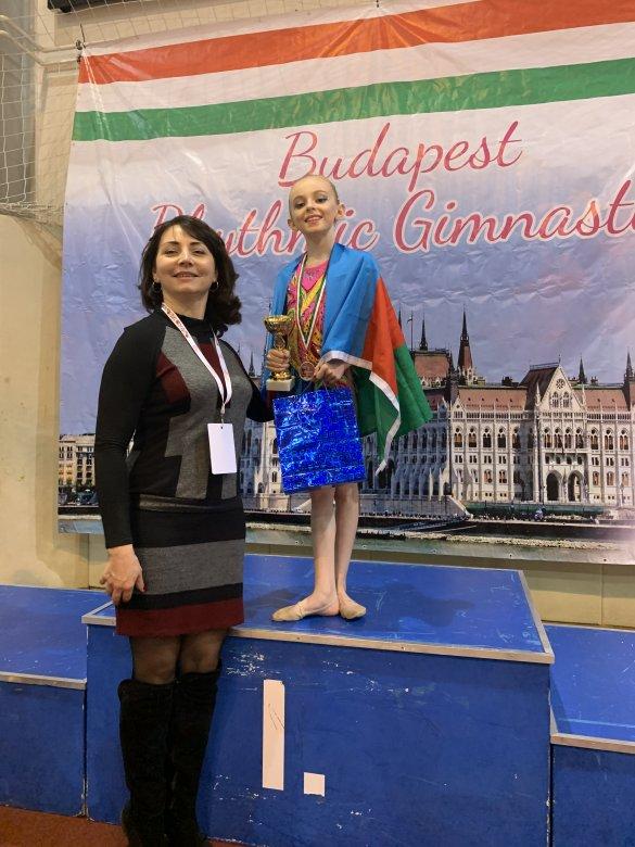 Balaca gimnastımız daha 4 medal qazanıb