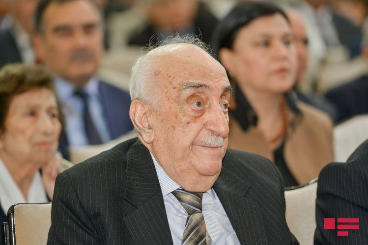 """Yusifzadəyə """"Heydər Əliyev"""" ordeni verilib"""