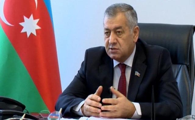 """Deputat: """"Sığorta şirkətləri ödənişi vaxtında vermirlər, süründürməçilik var"""""""