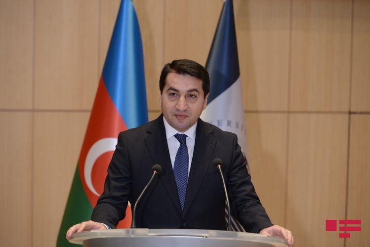Azərbaycan Prezidentinin köməkçisi Nobel mükafatının Qorbaçovdan geri alınmasını təklif edib