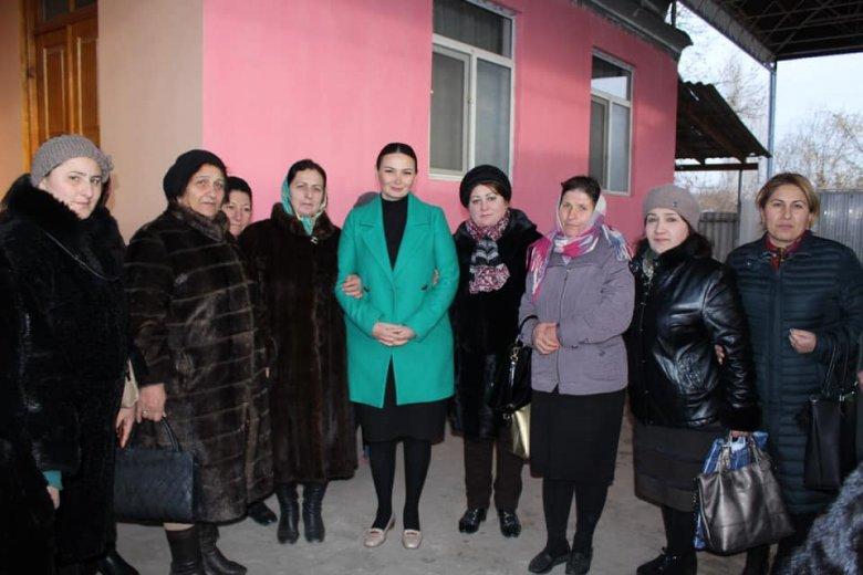 Şəhid ailələri Qənirə Paşayevanı dəstəkləyir - Bozalqanlıda görüş
