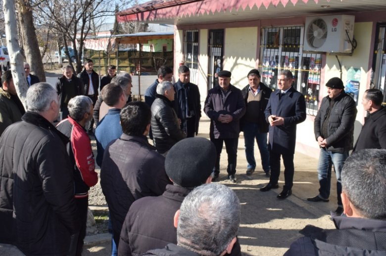 Vüqar Bayramov Füzulidə görüşlərini davam etdirir