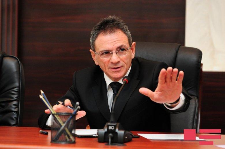 Mədət Quliyev direktoru işdən çıxardı, müavinə yüksək vəzifə verdi
