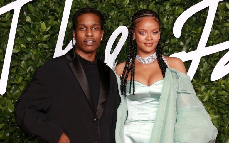 Milyarder ərindən boşanan Rihannanın yeni sevgilisi var