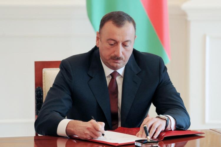 Prezident İqtisadiyyat nazirinə müavini təyin edib