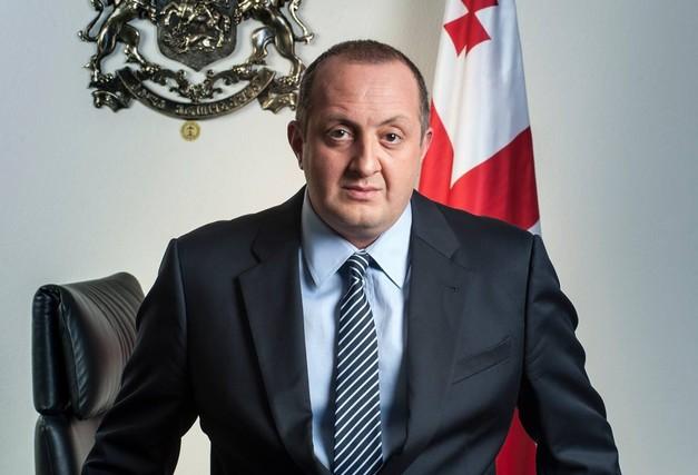 """""""İqtidar partiyası qırmızı xətti keçdi"""" - Gürcüstanın keçmiş prezidenti"""